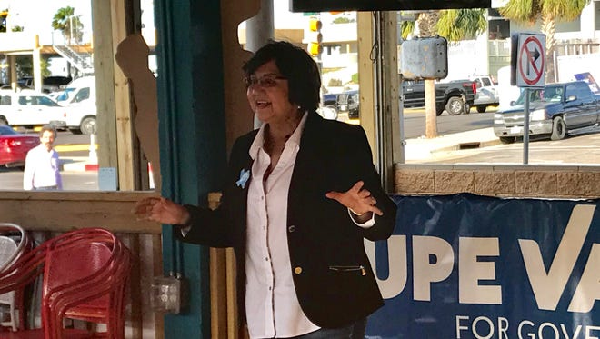 Gubernatorial candidate Lupe Valdez campaigns in Corpus Christi on May 14.