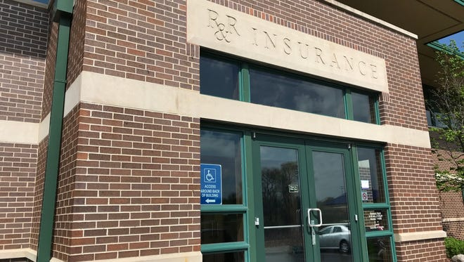 R&R Insurance is consolidating its Waukesha, Oconomowoc and Menomonee Falls offices in a new corporate headquarters in Pewaukee.