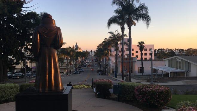 A look toward the ocean from Ventura City Hall.