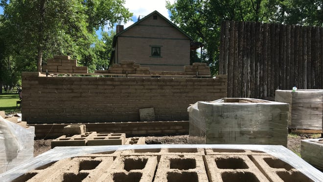The River & Plains Society is rebuilding a blockhouse at Fort Benton that has been missing since the 1890s or so.