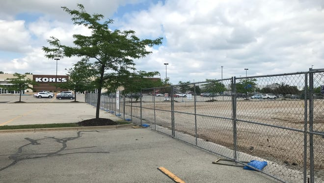 Construction site by Neenah's Kohl's store.
