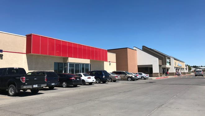 Fetch LLC has purchased the former O'Reilly Auto Parts store at 1408 3rd St. N.W. for a pet supply store.