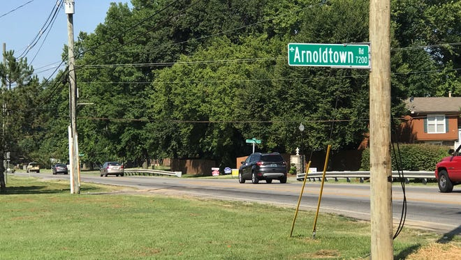 A crash at Arnoldtown and St. Andrews Church Road involved three cars early Friday morning