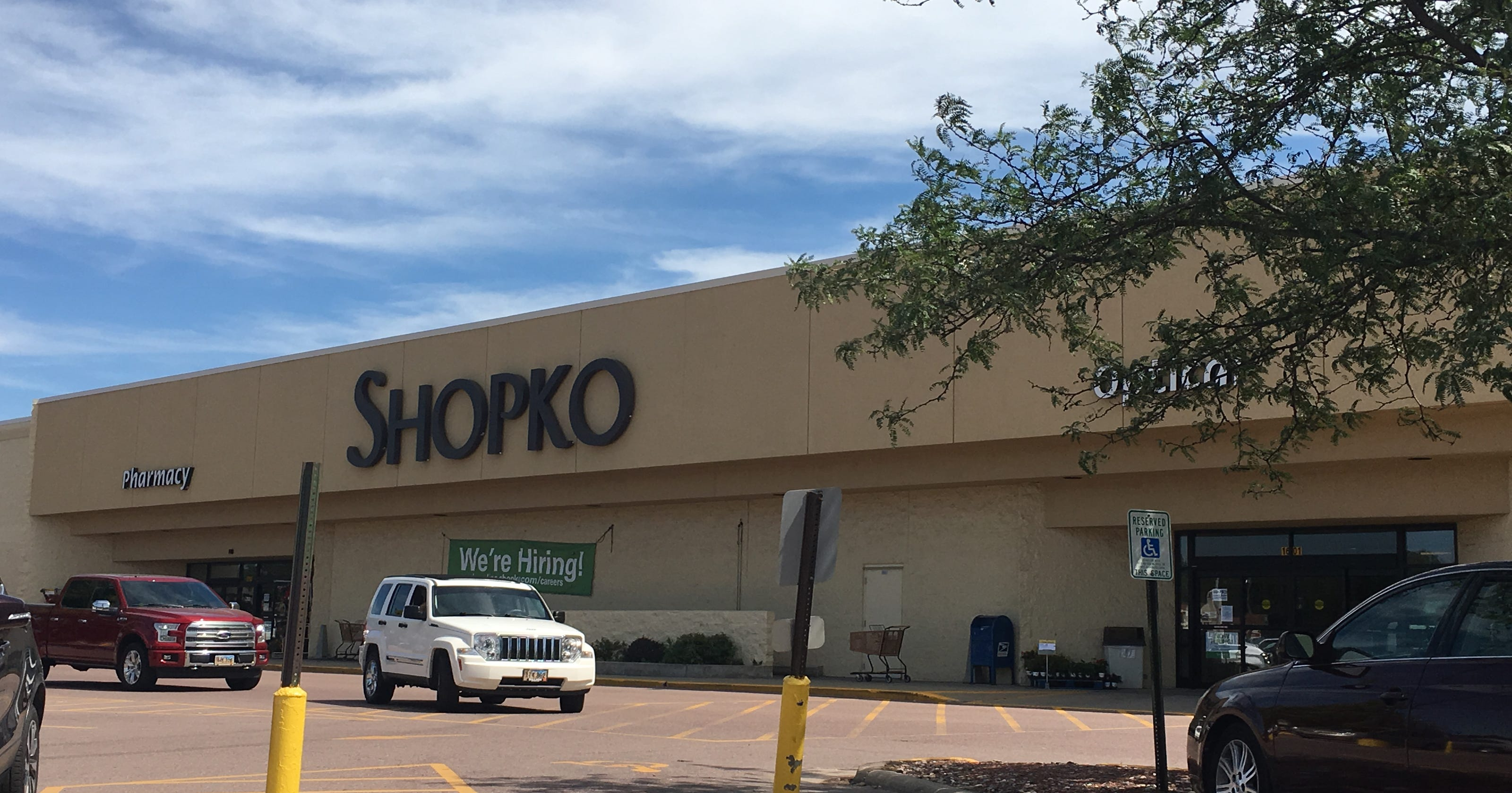 0ffa201e62 Shopko s Sioux Falls locations are set to close as chain declares bankruptcy
