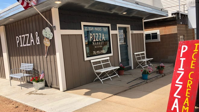 Pizza Market opened in downtown Marathon City on June 1.