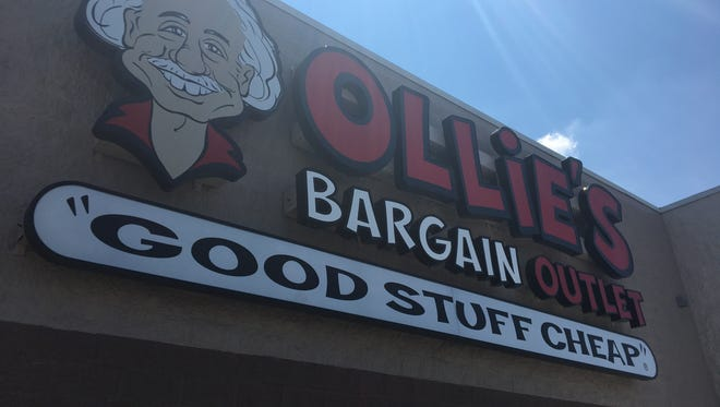 Ollie's Bargain Outlet now has a sign up for its new Muncie location expected to open Aug. 22.