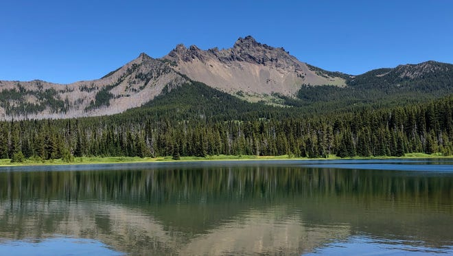Three Fingered Jack overlooks Santiam Lake in the Mt. Jefferson Wilderness