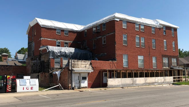 Roof work continues on the Herring Hotel in Belle Plaine. An update was given at the recent Belle Plaine City Council meeting.