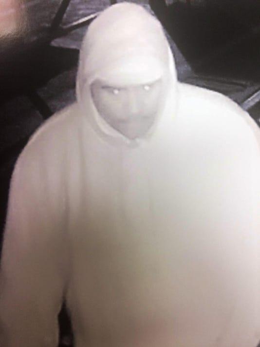 636500569783064282-Oil-Shop-Burglar.Suspect.jpg