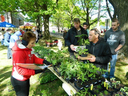 Plant-sale-at-Rutgers-Day.jpg