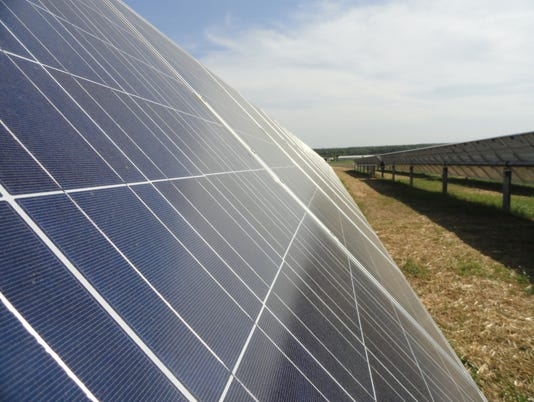 636299337584172807-Solar-Panel-Pic.jpg