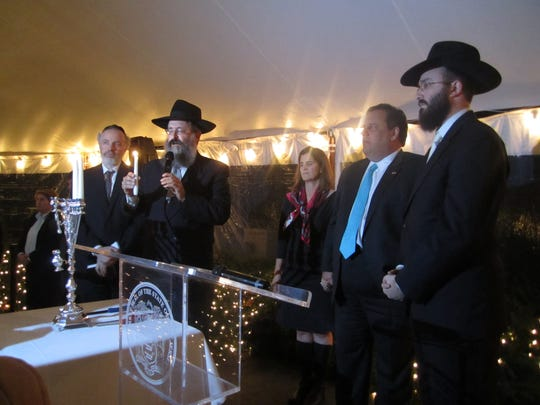 Governor Chris Christie hosted a Chanukah Reception for 250 Leaders of the NJ Jewish Community on the third night of Chanukah. Rabbi Yosef Carlebach, Rabbi Aaron Kotler and Rabbi Mendy Carlebach were honored with lighting the 3 candles.