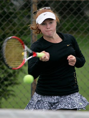 Williamston's Sara Daavettila, who is committed to North Carolina, has advanced to the semifinals at the USTA National Championships in San Diego.