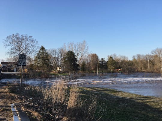 High water levels on the West Twin River at the Shoto