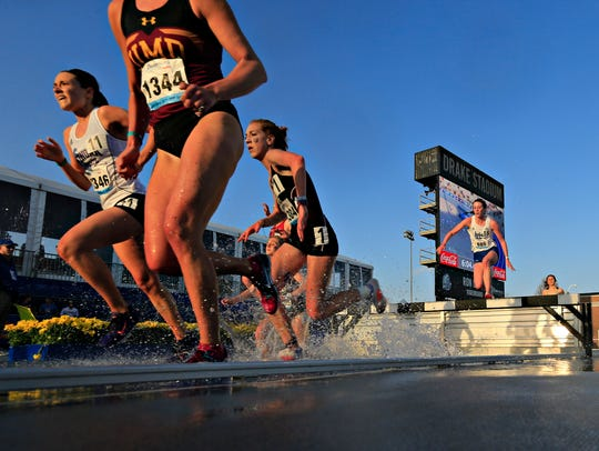 The 3,000-meter steeplechase was held at the Drake Relays in April.