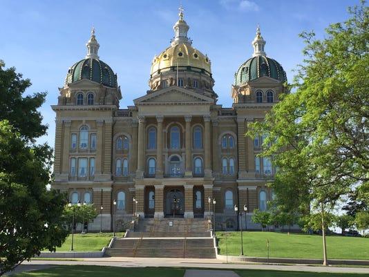 635925101073737013-Iowa-Capitol-May-2015.jpg