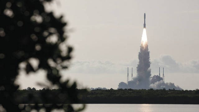 A United Launch Alliance Atlas V rocket launches at Space Launch Complex 41 at the Cape Canaveral Air Force Station, Thursday, July 30, 2020, in Cape Canaveral, Fla. Joel Kowsky/NASA via AP