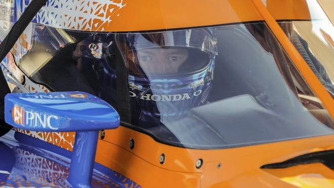 Scott Dixon placed third in the IndyCar auto race Sunday in St. Petersburg, Fla. but won the IndyCar season crown.