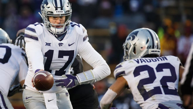 Kansas State Wildcats quarterback Nick Ast (17) relieved starter Will Howard during last week's game at Iowa State and could again split time with the freshman Saturday at Baylor.