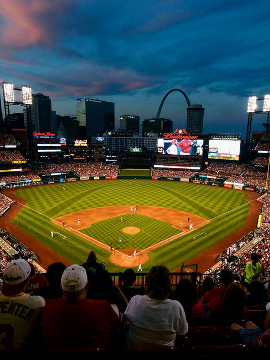 shooting near st louis cardinals 39 busch stadium leaves one dead. Black Bedroom Furniture Sets. Home Design Ideas