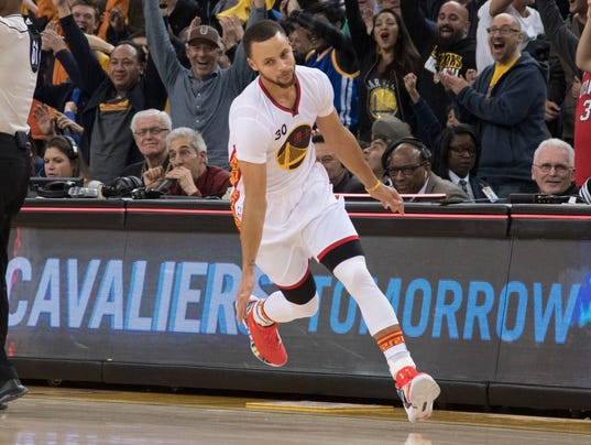 2017-01-28 Steph Curry1