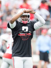 Quarterback Dwayne Haskins looks to the sidelines during Ohio State's spring game on Saturday.