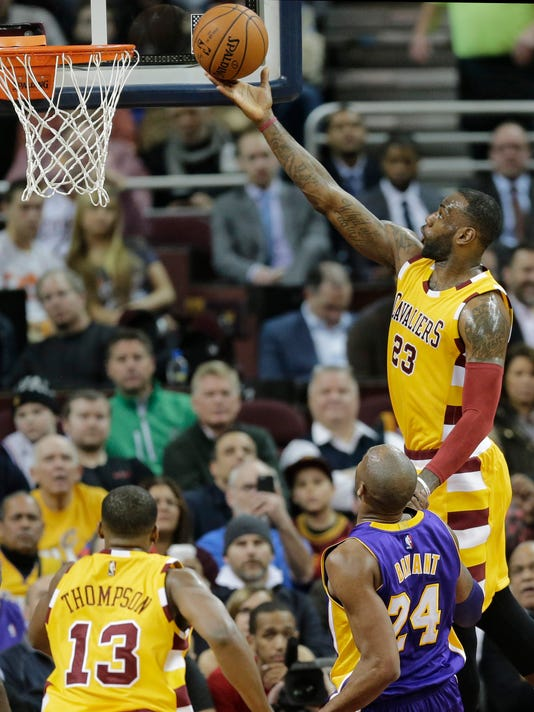 f67aade1f0a Kobe reflects on LeBron before final matchup in Cleveland