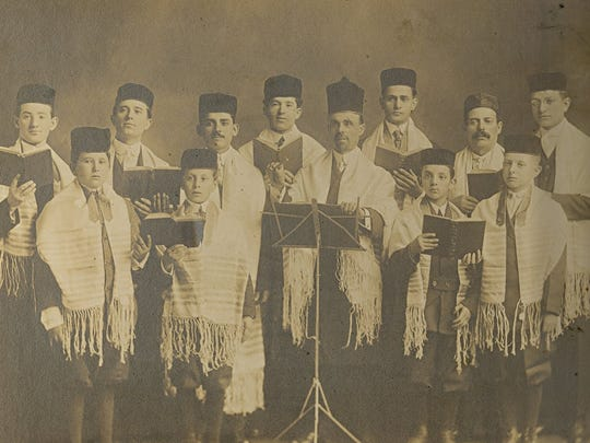 The choir from Des Moines' Children of Israel Synagogue in the early 1900s. The congregation later merged with Beth El Jacob.
