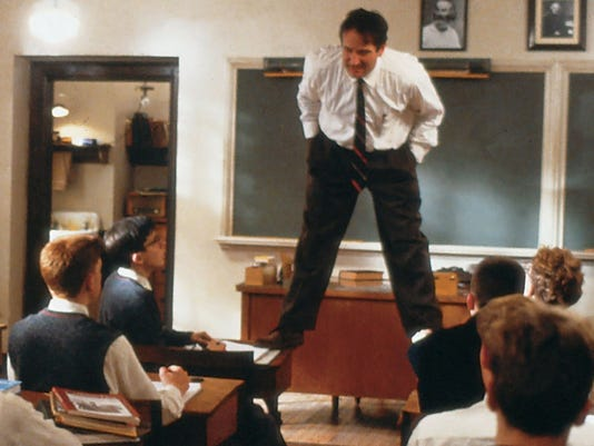 Dead-poets-society-robin-williams-cropped.jpg