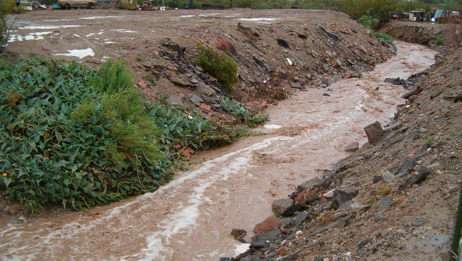 Flooding on Arroyo Ridge Road and Dry Canyon from roughly 2005-2006.