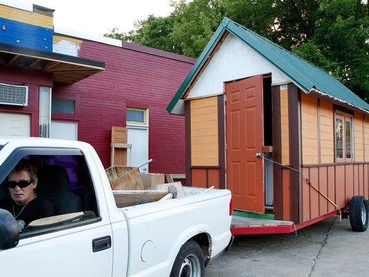 Tiny houses 082114