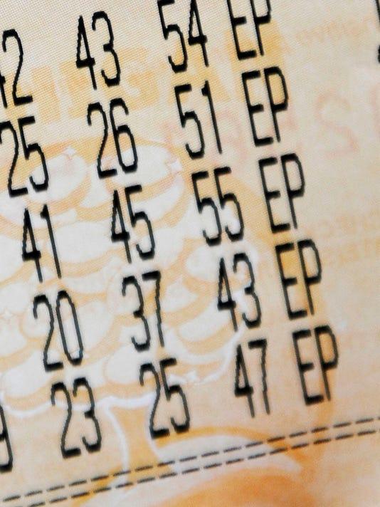 -2012-0329-jg-MegaMillions-068s.jpg_20120601.jpg