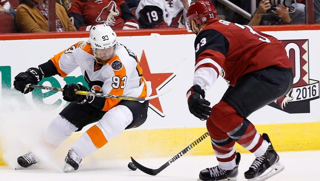 Jake Voracek, left, and the Flyers have some fast players on their roster.