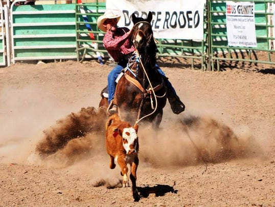 REN0611-MV natl jr high rodeo 1.jpg