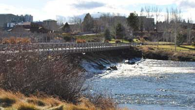 The old Colorado Dam before being removed for the Bend Whitewater Park.
