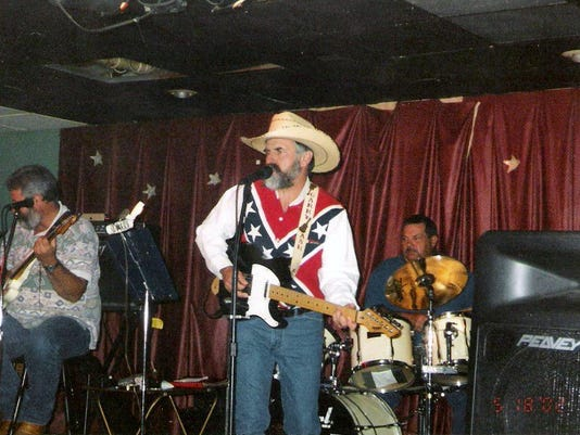 Garry Ash & The Wildfire Band.jpg