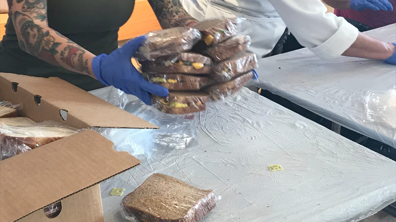 Volunteer program providing healthy meals to families displaced by Thomas Fire