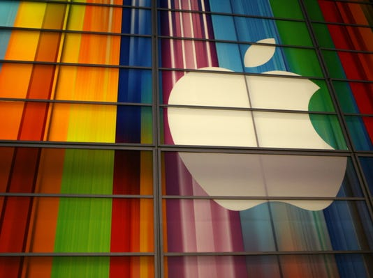 Report: Apple to unveil wearable device next month