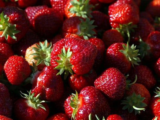 APC f LIFE strawberries 0618.jpg