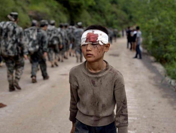 Terremoto en China causa 410 muertos y 230 mil evacuados