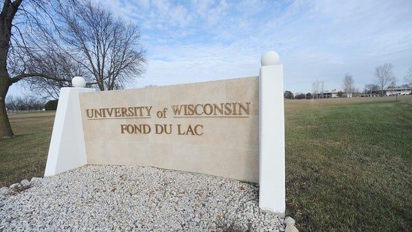 University of Wisconsin-Fond du Lac entrance.