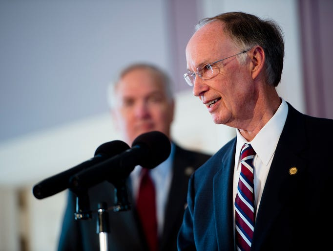 Governor Robert Bentley announces the states settlement