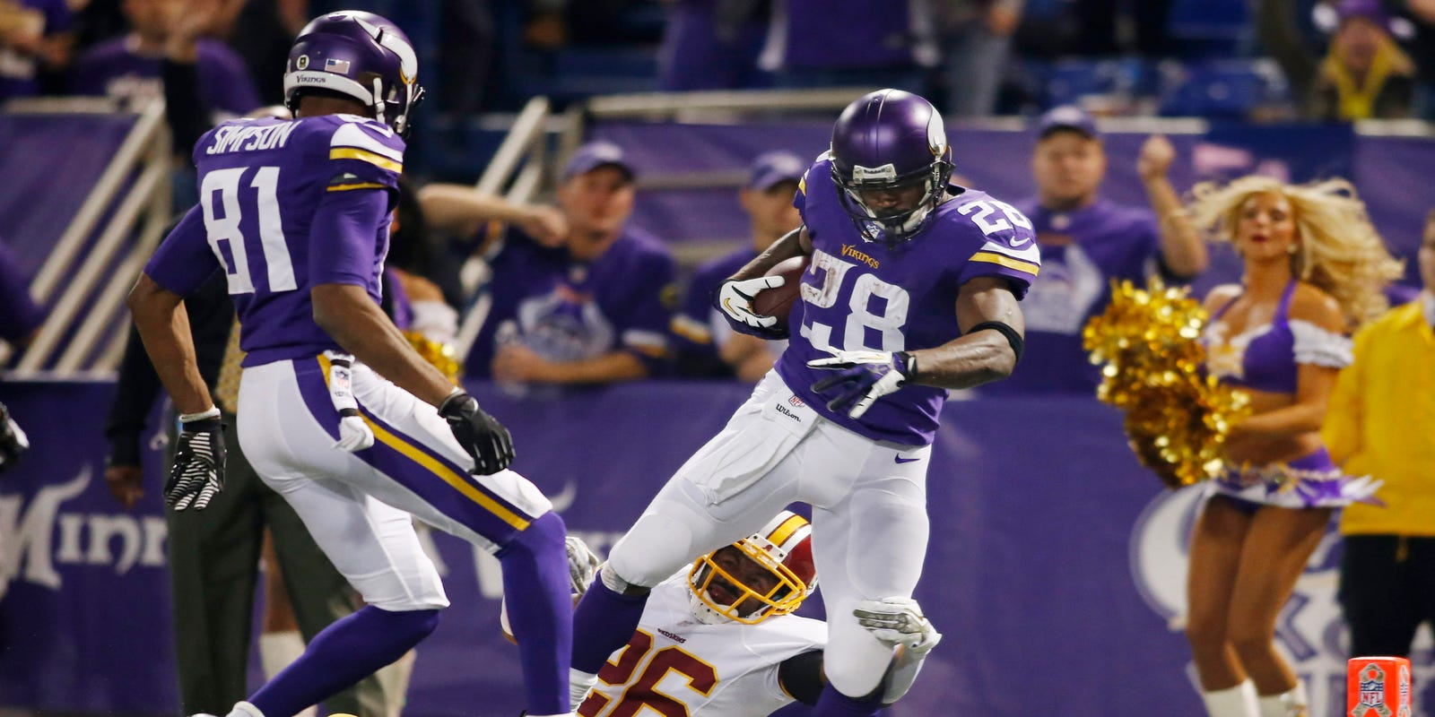 Adrian Peterson leads charge as Vikings top Redskins c1197e976