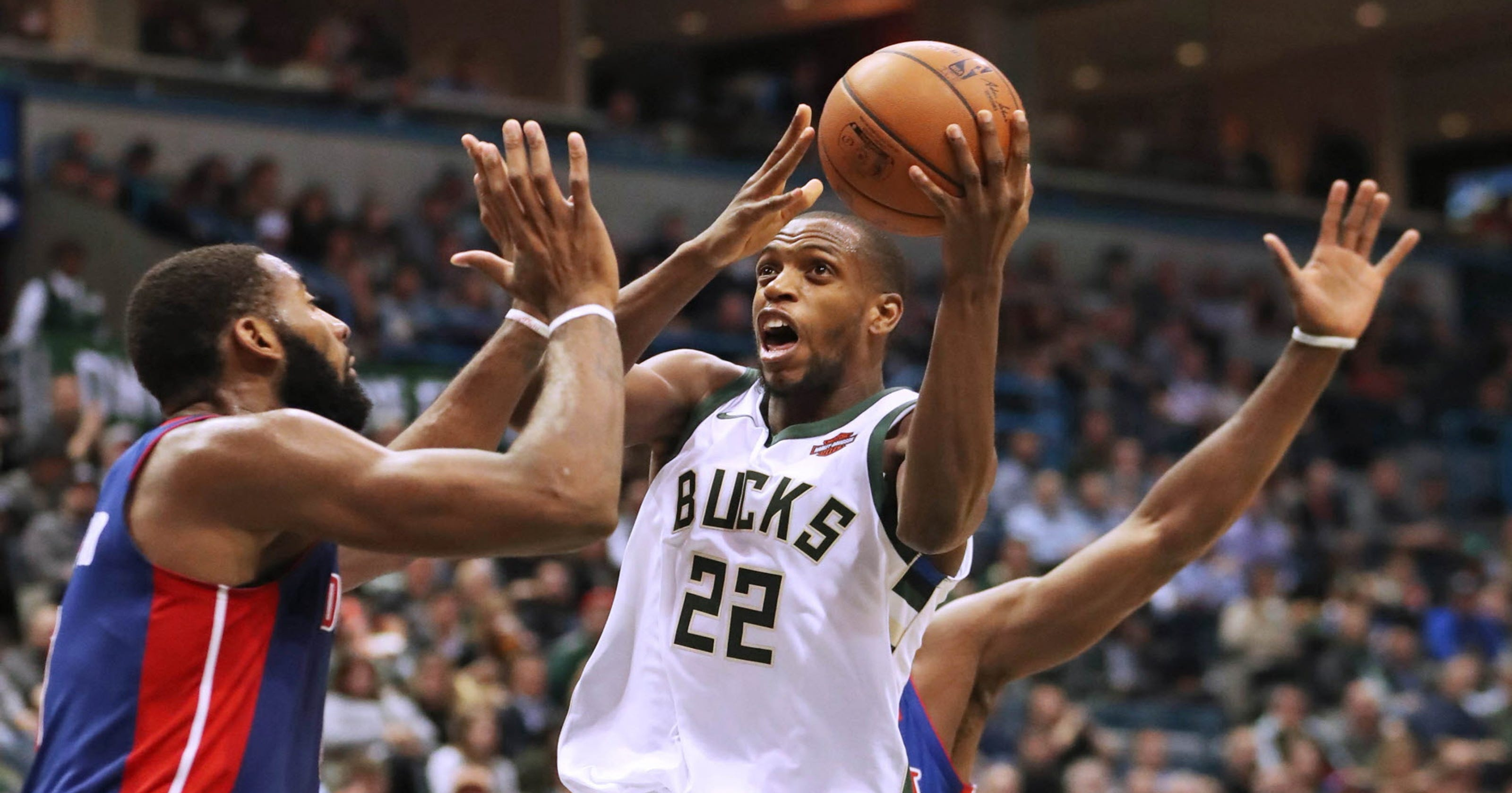 45a1133ca11 Bucks 99, Pistons 95: Milwaukee wins fourth consecutive game in block party