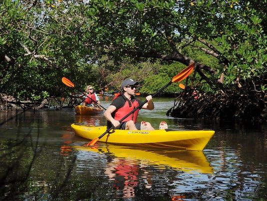 636466201209510262-kayak.JPG
