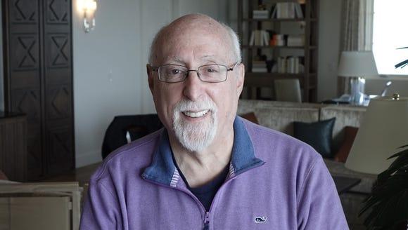 Veteran tech journalist Walt Mossberg