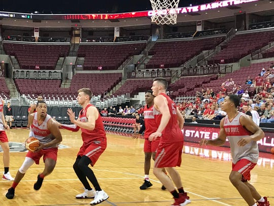 Ohio State center Kaleb Wesson drives to the basket