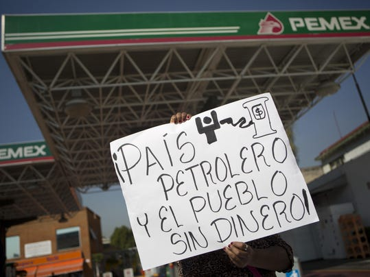 Mexico Gasoline Shock_Vazq (2)