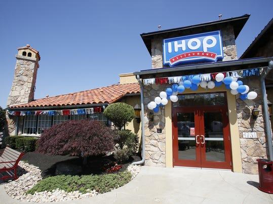 -IHOP Howell Exterior 1.JPG_20140604.jpg