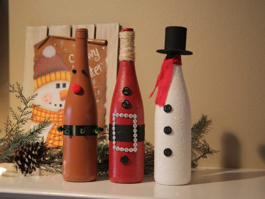 Holiday crafts dress up empty bottles for Empty bottle craft